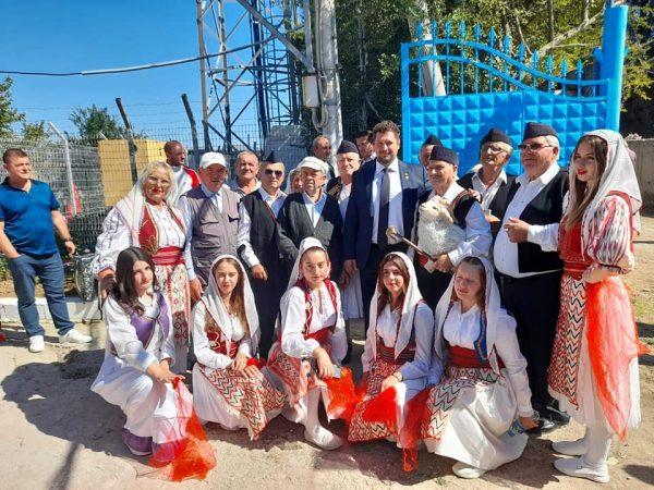 O nouă școală pentru copiii aromâni din Albania ~ InfoPrut